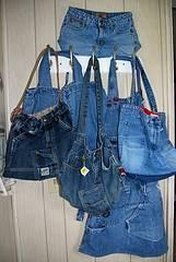 Reciclar jenas para hacer bolsos